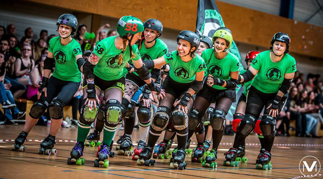 Demolition Derby Dolls_Rollerderby?